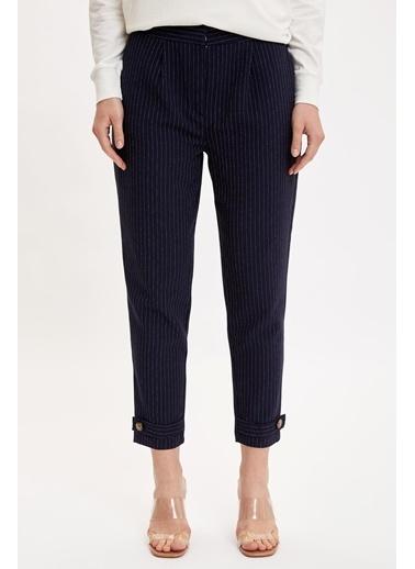 DeFacto Çizgili Cep Detaylı Dokuma Pantolon Lacivert